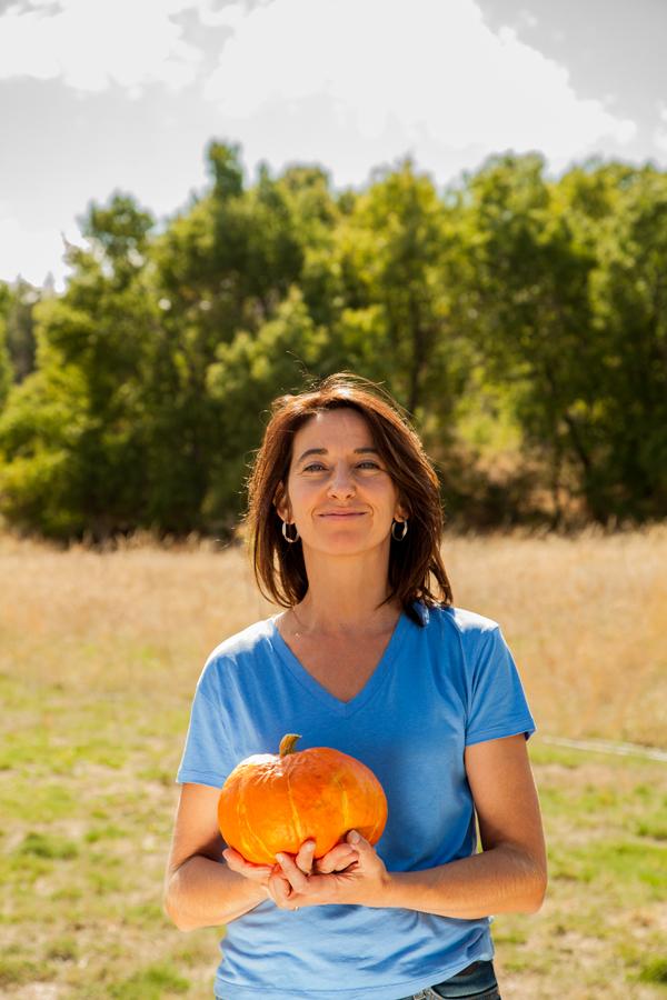 Sabine es la Responsable de la Colmena Sant Cugat y es una apasionada por el tema de los huertos urbanos
